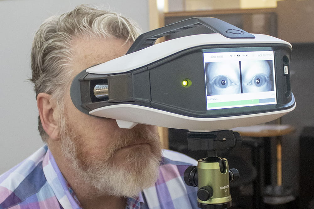 Person demonstrating Eyestat technology.